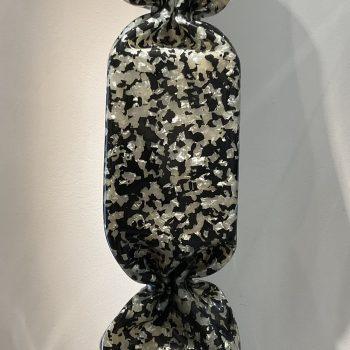 Laurence-Jenkell-bonbon-sculpture-plexiglas-Jenk