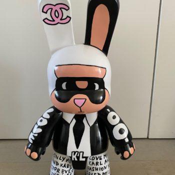 Johanne8 - toile - peinture - street art - pop art - sculpture - qee -bunny - karl lagarfeld