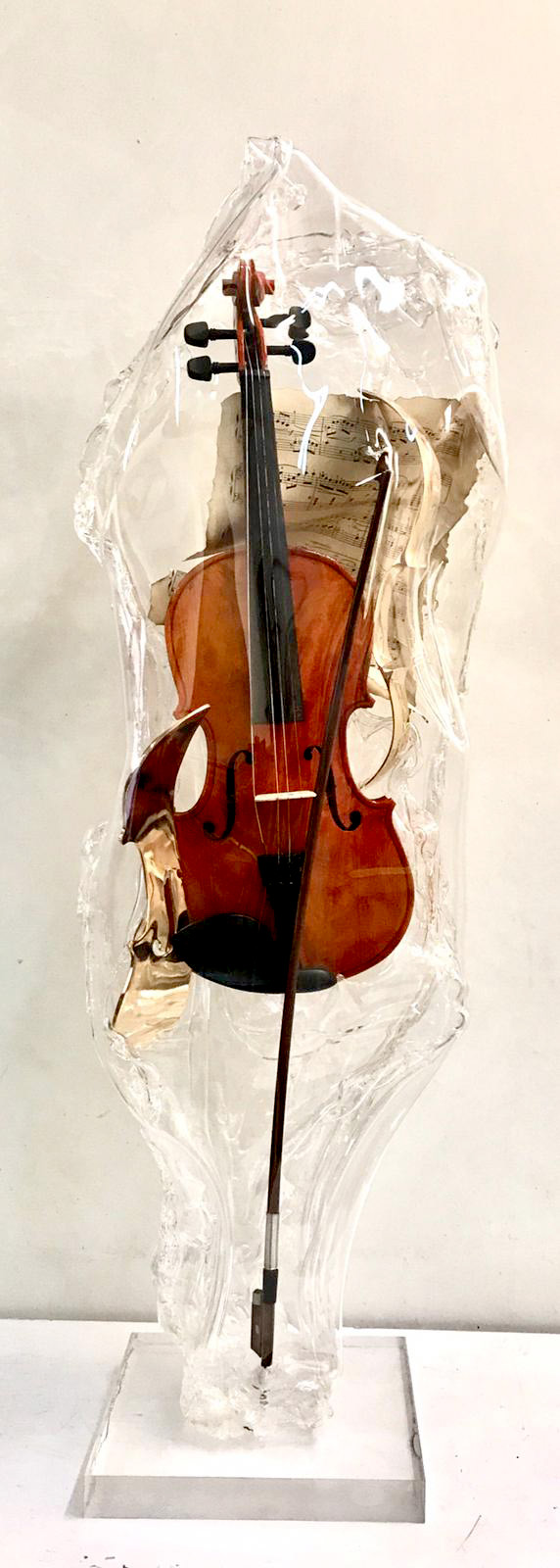 https://www.galerie-saint-martin.com/artistes/tordjmann/